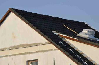 střecha skoro hotová
