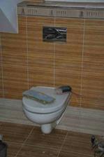 už máme i záchod :)