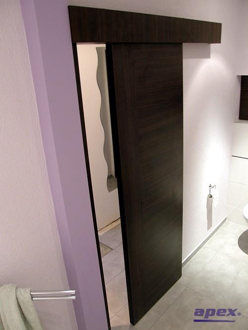 Naše predstavy o domčeku - posuvne dvere na špajzu