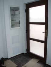 Chodba - vchodové dveře
