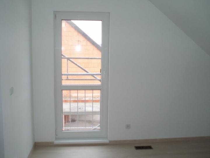 HOTOVO: Předaný domeček - Ložnice (pokoj nad garáží)