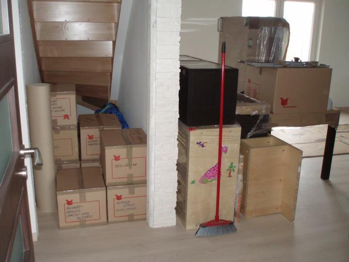 Kuchyň a postupné zabydlování - Stěhování naplno vypuklo:-)
