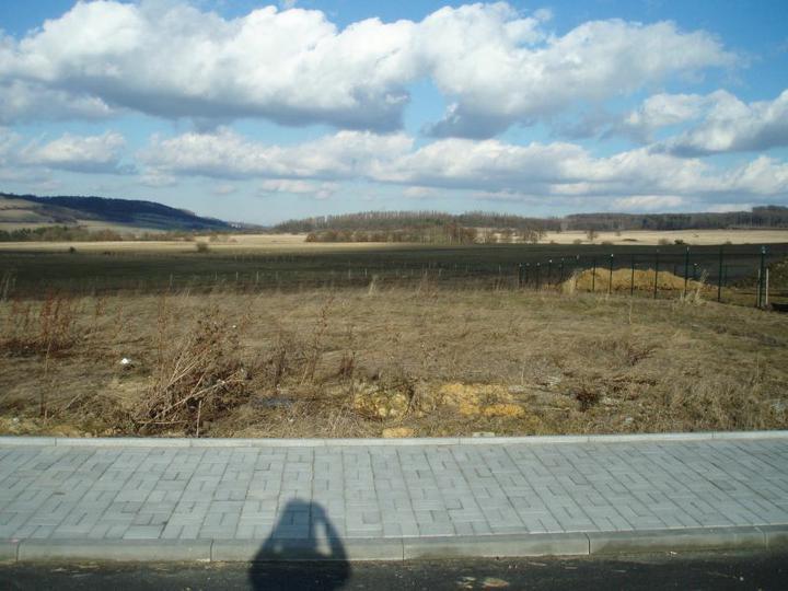 Náš pozemek, zatím bez domečku:-)