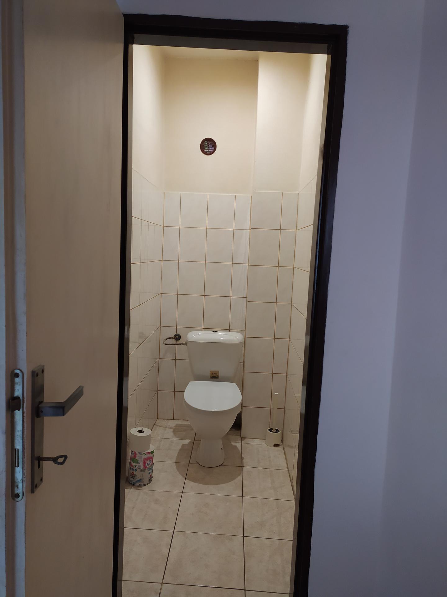 Rekonstrukce 2019 před - WC přízemí