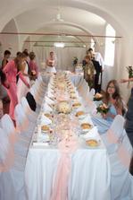 Naše svatba by měla být bílo-růžová, tka čerpám inspiraci...