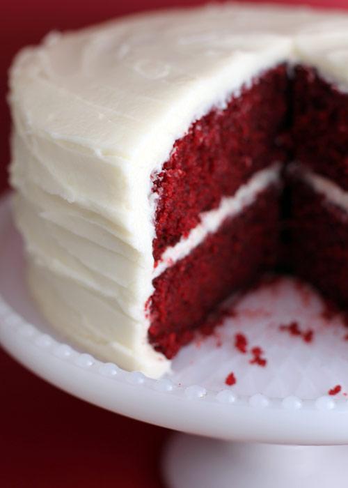 JÍDLO - inspirace - Red Velvet Recept http://pinchmysalt.com/2008/11/10/red-velvet-cake-recipe/