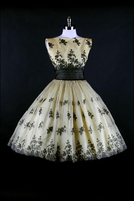 INSPIRACE - Super šaty ve stylu 50's - Obrázek č. 35