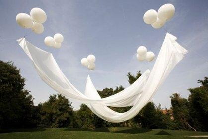 INSPIRACE (lekníny, mech, dřevo) ZA MLHOU HUSTOU TAK, ŽE BY SE DALA KRÁJET... - dekorace/stínítko (nad svatebčany během obřadu)