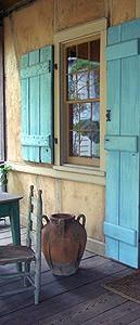 INSPIRACE - Kombinace s modrou (odstíny modré, s bílou, s černou, se zlatou, se zelenou, s hnědou, ...) - Obrázek č. 35