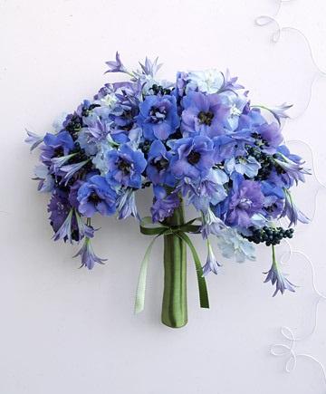 INSPIRACE - Kombinace s modrou (odstíny modré, s bílou, s černou, se zlatou, se zelenou, s hnědou, ...) - Obrázek č. 25