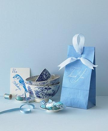 INSPIRACE - Kombinace s modrou (odstíny modré, s bílou, s černou, se zlatou, se zelenou, s hnědou, ...) - Obrázek č. 77