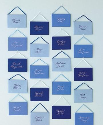 INSPIRACE - Kombinace s modrou (odstíny modré, s bílou, s černou, se zlatou, se zelenou, s hnědou, ...) - Obrázek č. 31