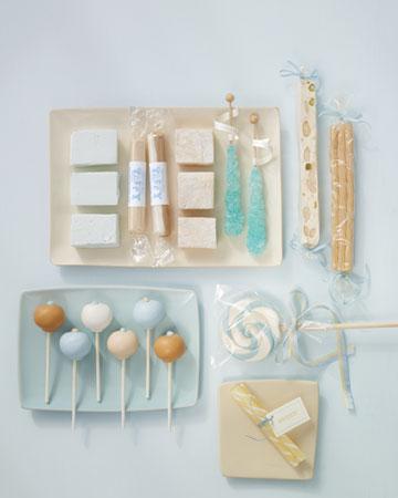 INSPIRACE - Kombinace s modrou (odstíny modré, s bílou, s černou, se zlatou, se zelenou, s hnědou, ...) - Obrázek č. 82