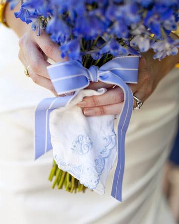 INSPIRACE - Kombinace s modrou (odstíny modré, s bílou, s černou, se zlatou, se zelenou, s hnědou, ...) - Obrázek č. 60