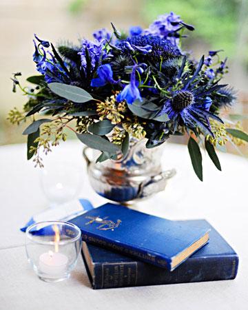 INSPIRACE - Kombinace s modrou (odstíny modré, s bílou, s černou, se zlatou, se zelenou, s hnědou, ...) - Obrázek č. 23