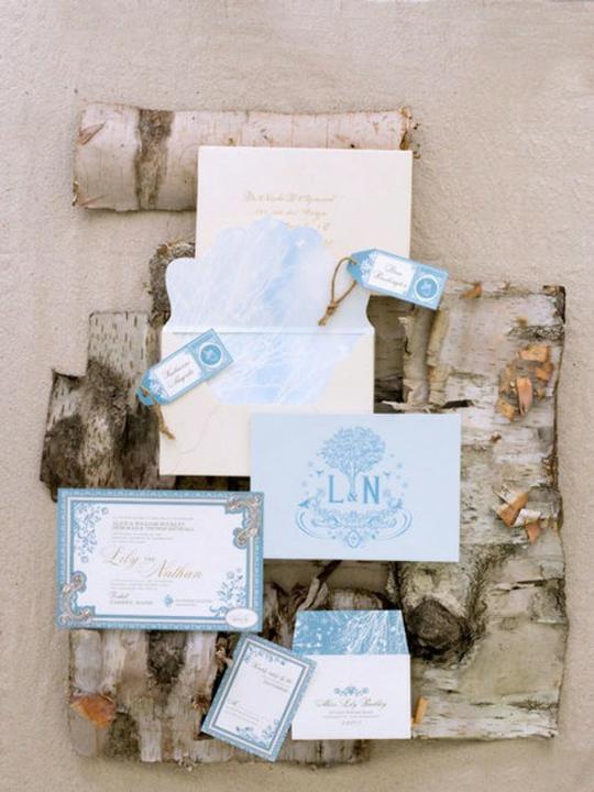 INSPIRACE - Kombinace s modrou (odstíny modré, s bílou, s černou, se zlatou, se zelenou, s hnědou, ...) - Obrázek č. 84