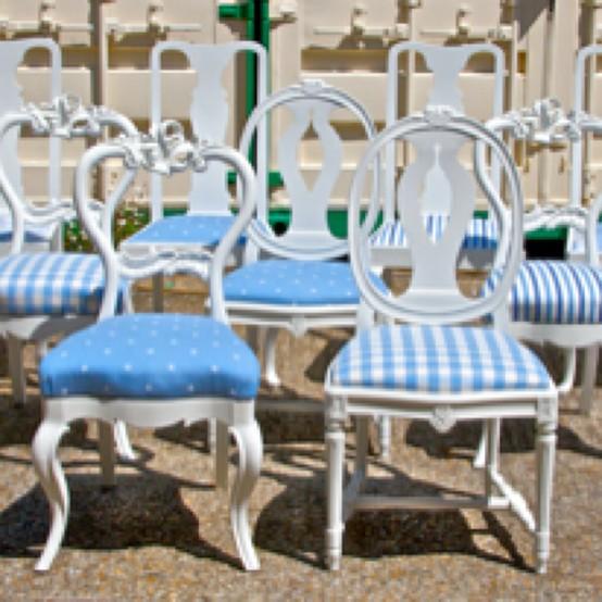 INSPIRACE - Kombinace s modrou (odstíny modré, s bílou, s černou, se zlatou, se zelenou, s hnědou, ...) - Obrázek č. 38