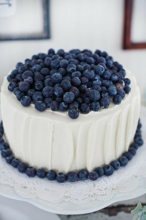 INSPIRACE - Kombinace s modrou (odstíny modré, s bílou, s černou, se zlatou, se zelenou, s hnědou, ...) - Obrázek č. 51