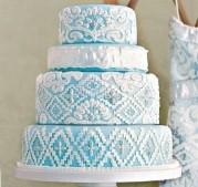 INSPIRACE - Kombinace s modrou (odstíny modré, s bílou, s černou, se zlatou, se zelenou, s hnědou, ...) - Obrázek č. 43
