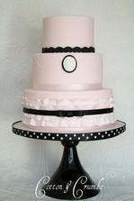 první dvě patra určitě použijem na náš dort :-)