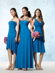INSPIRACE - Kombinace s modrou (odstíny modré, s bílou, s černou, se zlatou, se zelenou, s hnědou, ...) - Obrázek č. 9