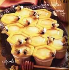 cuppycakes-plástve se včelkama