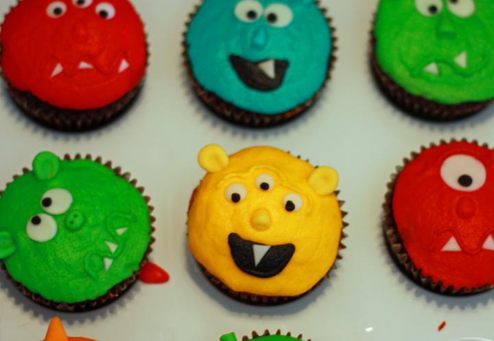 Sladký koutek (zajímavé nápady na cuppycakes, nezvyklé dorty, macarons atd. nejen na svatbu) - Obrázek č. 10