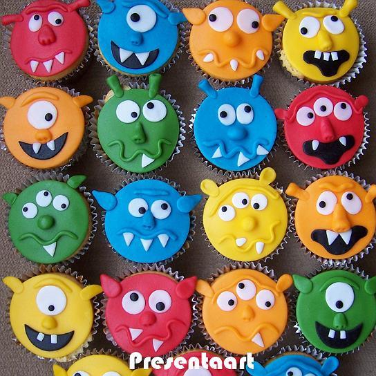 Sladký koutek (zajímavé nápady na cuppycakes, nezvyklé dorty, macarons atd. nejen na svatbu) - Jiné příšerky