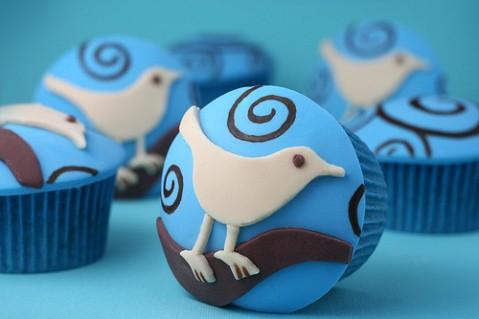 Sladký koutek (zajímavé nápady na cuppycakes, nezvyklé dorty, macarons atd. nejen na svatbu) - Pták Twitter! :-D