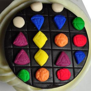 Sladký koutek (zajímavé nápady na cuppycakes, nezvyklé dorty, macarons atd. nejen na svatbu) - Bejeweled