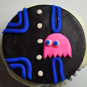 Sladký koutek (zajímavé nápady na cuppycakes, nezvyklé dorty, macarons atd. nejen na svatbu) - Pac Man
