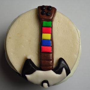 Sladký koutek (zajímavé nápady na cuppycakes, nezvyklé dorty, macarons atd. nejen na svatbu) - Guitar Hero