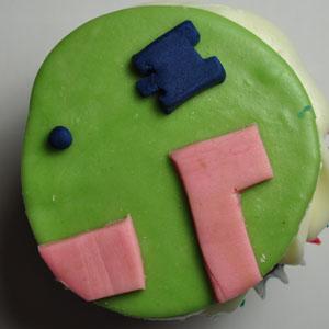 Sladký koutek (zajímavé nápady na cuppycakes, nezvyklé dorty, macarons atd. nejen na svatbu) - Combat