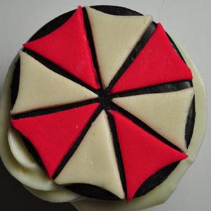 Sladký koutek (zajímavé nápady na cuppycakes, nezvyklé dorty, macarons atd. nejen na svatbu) - Resident Evil