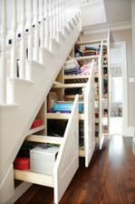 Organizované úložiště pod schody