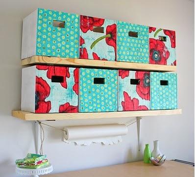 Chytré nápady - Lepenkové boxy ze starých krabic NÁVOD http://www.makeit-loveit.com/2010/04/craft-room-part-1.html PŘEKLAD na dalších orbázcích (postupně doplňuji)