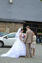 domluva na parkovišti s paní matrikářkou-byla suprová :-)