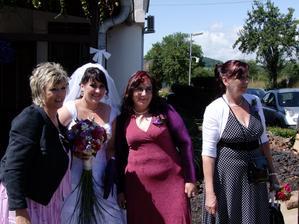 sestřenka,já sestřička a maminka