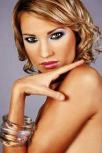 krasny make-up