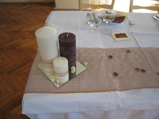 Trocha inšpirácie - sviečky na hl.stole