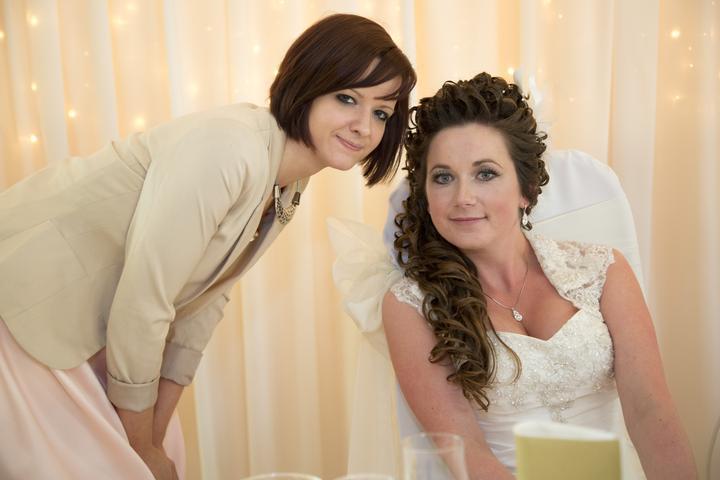 Mirka{{_AND_}}Petrik - Kathy :) slovenska svadba sa jej paaacila :)