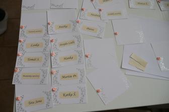 výroba jmenovek, s druzickama byla tvořivá sobota :-)