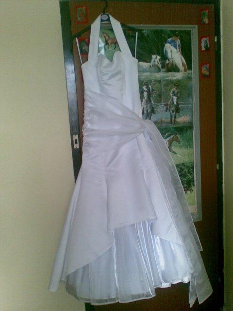 Lucia a Braňo - Á, konečne mám doma ušité svadobné šaty, však sú nádherne.