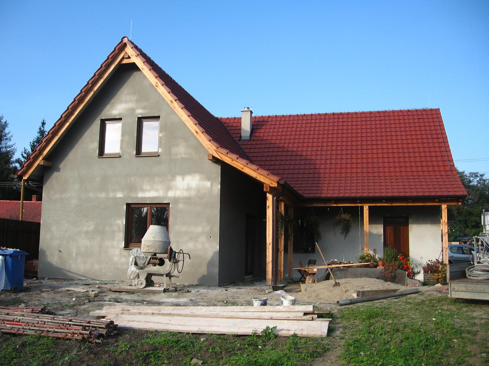 Domček - už nie oranžový :)