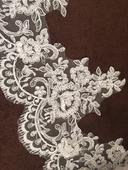 Krajkový lem na svadobné šaty,