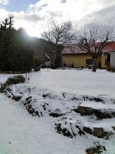 idu Vianoce - moja skalka pod prvým snehom