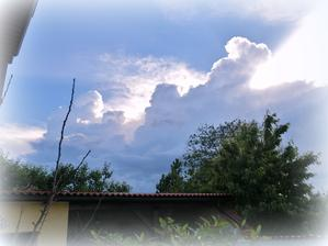 nad terasou sa zmraka
