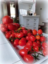 A uz su v kuchyni (rôzne planty, jedna lepsia ako druha)