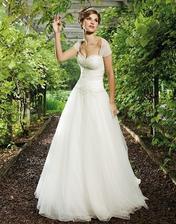 to jsou mooooojeee svatební šatičky :) Sukni budu mít šiší, jako na dalším obrázku :) samozřejmě bez toho bolerka :)