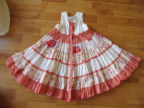 nenošené točivé šaty next - Obrázek č. 1